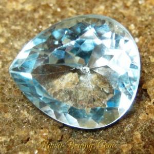 Batu Permata Natural Pear Shape Blue Topaz VVS 8.40 carat www.rawa-bening.com