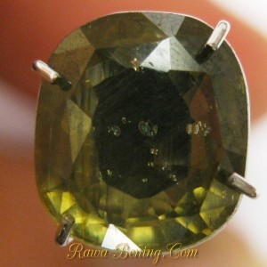 Batu Permata Greyish Yellow Cushion Zircon 2.75 carat