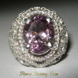 Ladies Amethyst Silver Ring 7.5US Model Filigree