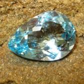 Batu Permata Topaz Baby Ice Blue Bentuk Tetes Air 12.68 carat