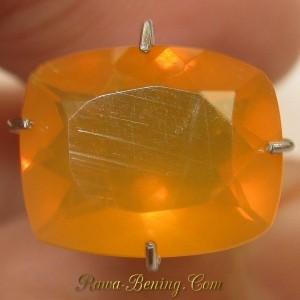 Batu Fire Opal Cushion Cut 2.00 carat warna Top Orange