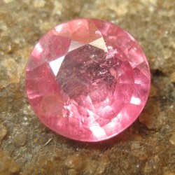 Pinkish Red Ruby Round Cut 1.30 carat