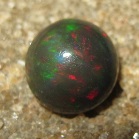 Natural Black Opal Round Cab 1.40 carat dari www.rawa-bening.com