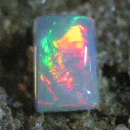 Batu Mulia Natural Opal Rectangular Pelangi Tajam 0.45 carat