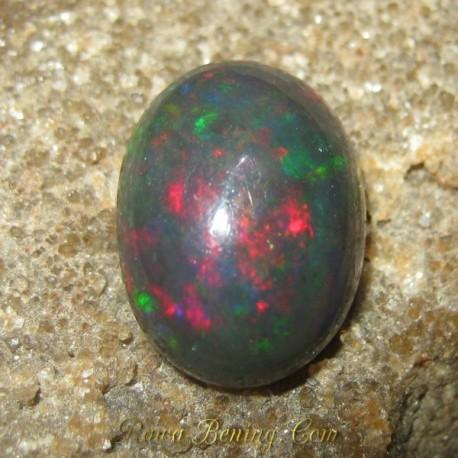 Batu Mulia Natural Black Opal Jarong Hijau Merah 2.95 carat