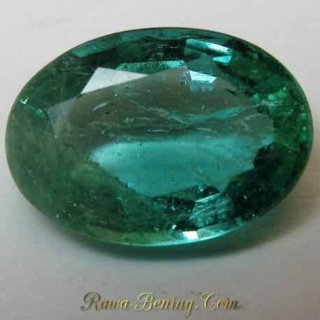 Batu Oval Green Emerald VS 1.20 carat