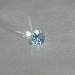 Round Blue Topaz 6.5 x 5mm