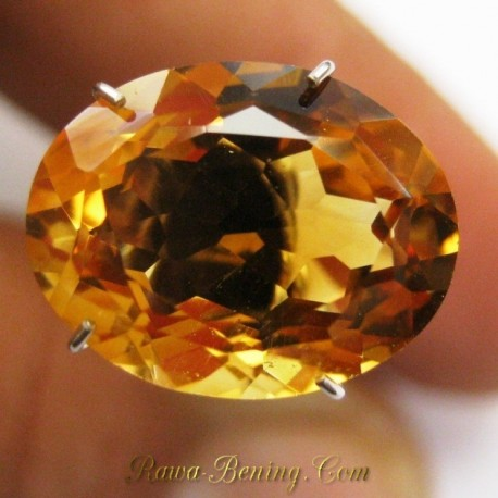 Batu Permata Natural Citrine Orangy Yellow VSI 4.55 carat