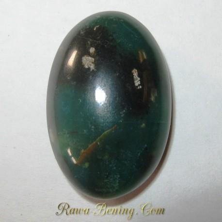 Jual Batu Bacan Asli 17.72 carat Warna Hijau Kehitaman