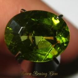 Batu Permata Natural Peridot Sparkling Green 1.90 carat