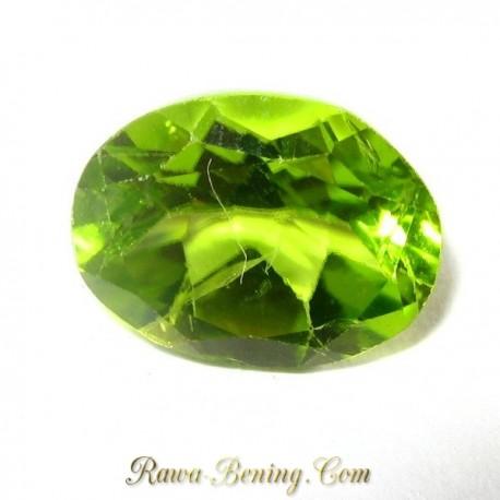 Batu Oval Green Peridot 2.20 carat