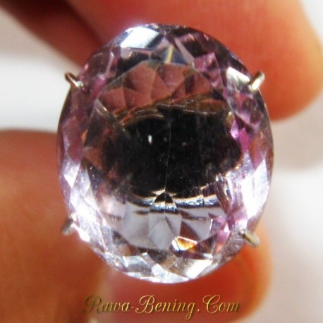 Batu Permata Amethyst Light Purple Oval 4.10 carat