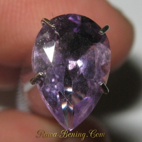 Natural Amethyst Pear Shape Purple1.55 carat