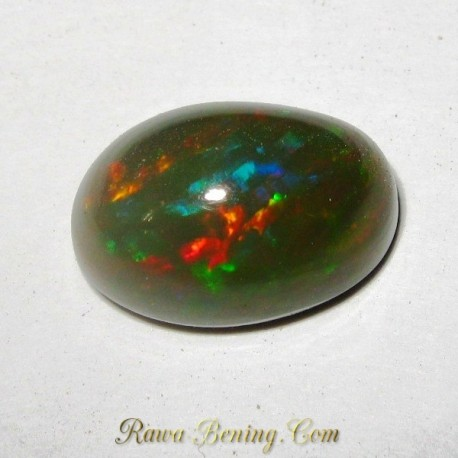 Batu Black Opal Greyish Multi Color 3.95 carat