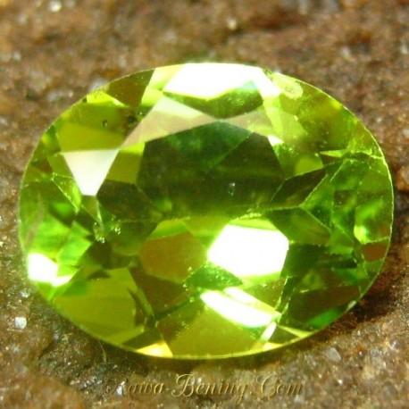 Batu Permata Natural Peridot Intense Cantik Green 1.95 carat