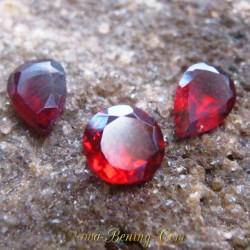 Trio Batu Garnet Merah Imut 1.70 carat