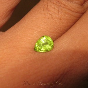 Pear Shape Peridot 0.6 cts