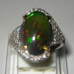 Cincin Black Opal Wanita 6US