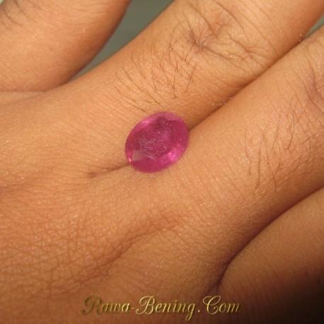 Natural Pinkish Orange Sapphire 3.79 carat