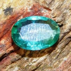 Batu Mulia Zamrud Hijau Indah Oval Cut 1.06 carat