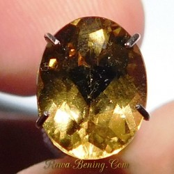 Batu Permata Natural Yellow Beryl 1.80 Carat