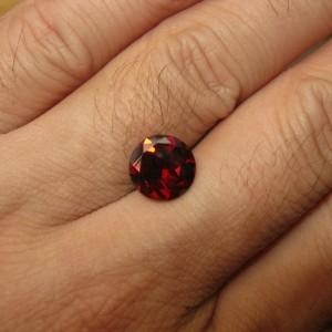 Garnet Pyrope 3 carat bagus untuk cincin