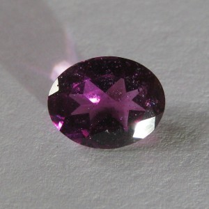 Natural Color Change Garnet 2,56 carats
