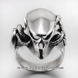 Cincin Alien vs Predator Ring 8US