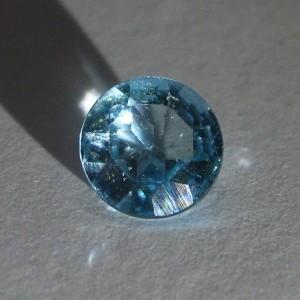 Batu Blue Topaz 1.49 carat round cutting