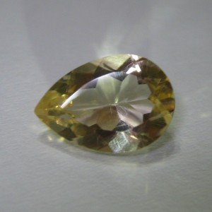 Pear Shape Yellow Citrine 3.84 carat good for liontin