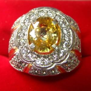 Cincin Natural Zircon 2.69 carat Ring 20mm