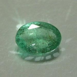Natural Green Emerald Oval 1.00 cts Bening Terang