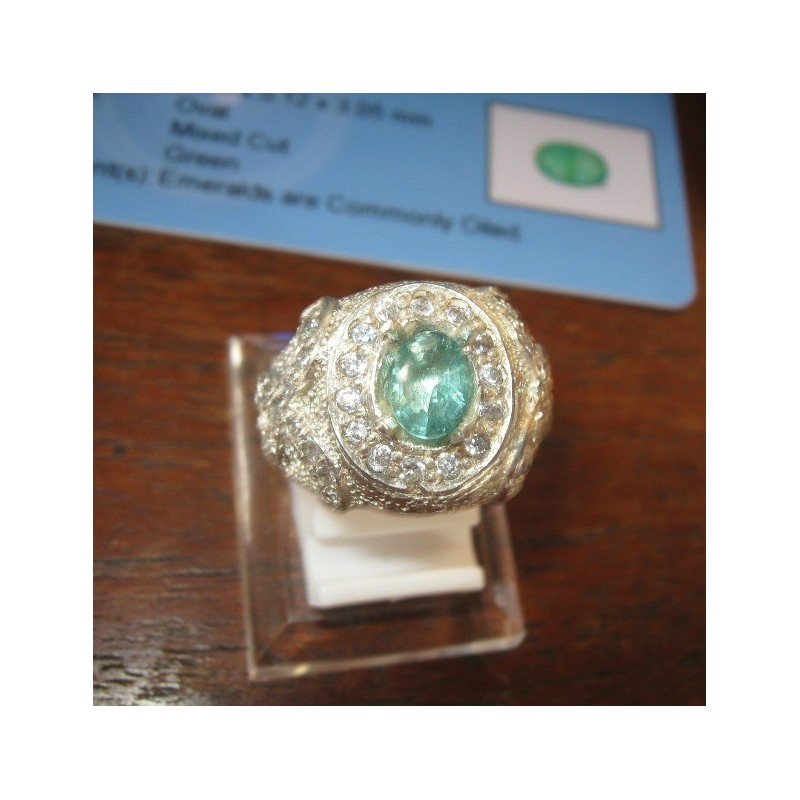 Cincin Batu Zamrud Warna Light Green 065 Carat Ring 8US