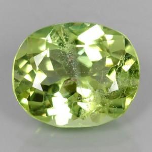 Batu Peridot 3cts warna Hijau Daun Muda