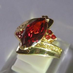Cincin Gold Filled Red CZ Ring 9US Berkualitas Harga Murah