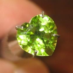 Peridot Heart Shape 1.54 carat