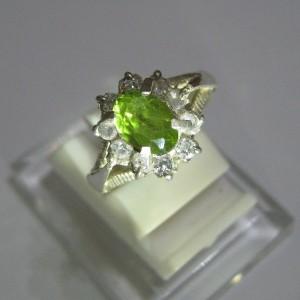 Cincin Perak Peridot Ring 5.5US