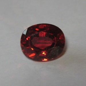 Natural Almandite Garnet 1.79 cts mari berinvestasi pada hobby batu mulia