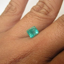 Zamrud Alami 1.99cts untuk cincin koleksi