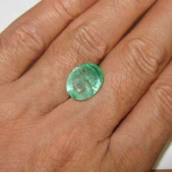 Oval Colombia Emerald 5.5 carat
